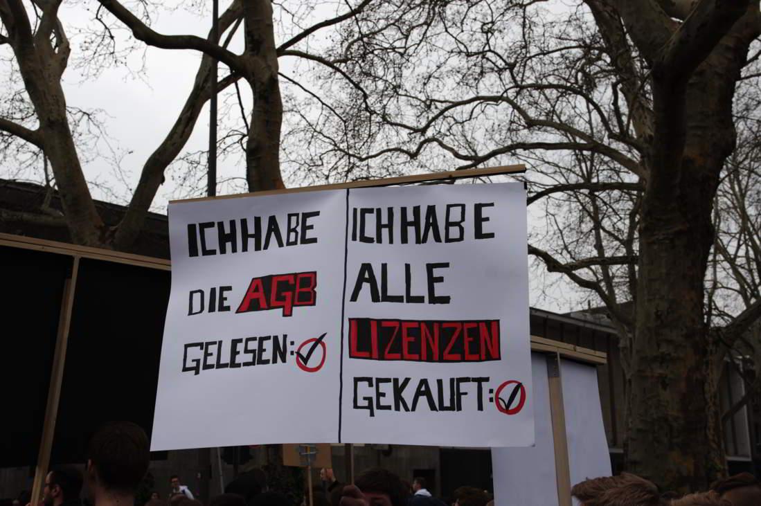 Demo-fuer-ein-freies-Internet_13