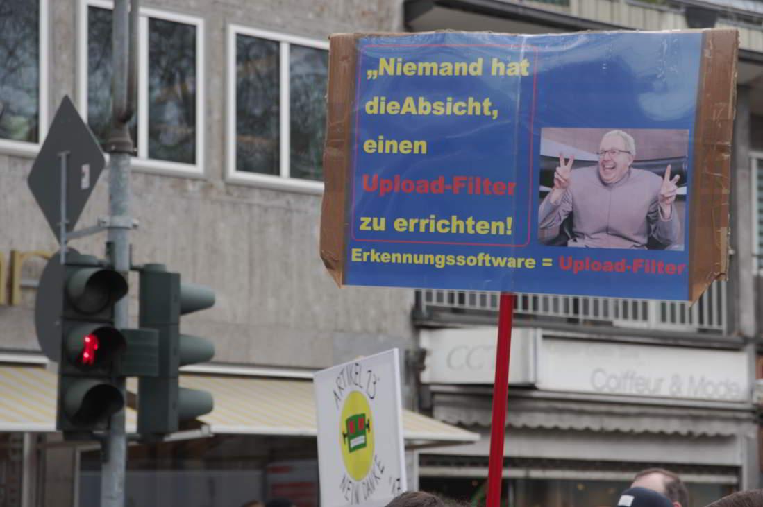 Demo-fuer-ein-freies-Internet_19