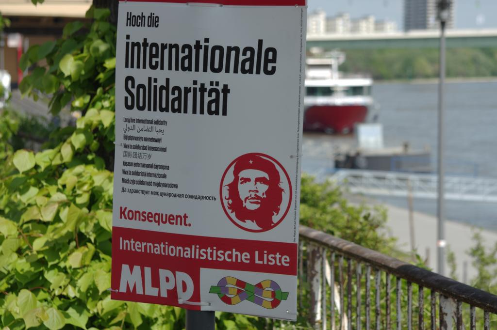 Hoch-die-internationale-Solidaritaet_MLPD